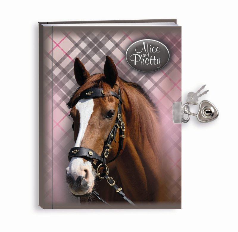 Památník se zámkem Nice and Pretty Kůň